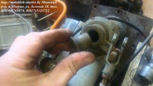 13. втулка вертикального вала включения реверса мотоблок Беларус